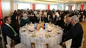 Aksaray valisi Ali Mantı ev sahipliğinde Şehit Aileleri ve Gaziler ile Aileleri onuruna yemek programı düzenlendi